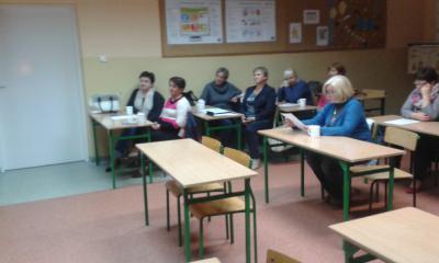 Uczestnicy projekty na spotkaniu z dietetyczką