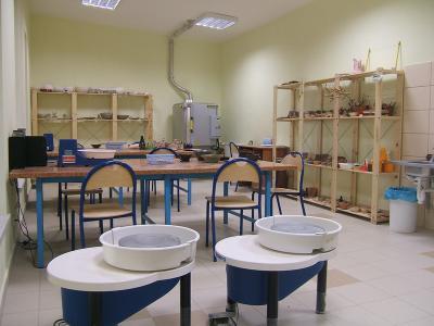 Wyposażenie pracowni ceramicznej w Gminnym Ośrodku Kultury w Tarnowie Opolskim